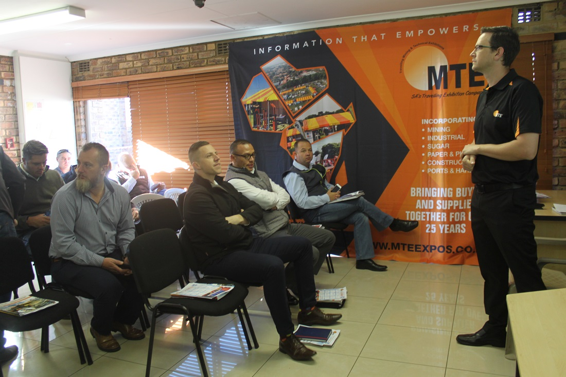 MTE hosts breakfast for exhibitors