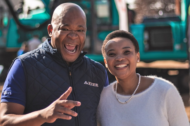 Azize Equipment managing director Pascal Mbambo with his wife Doli during the Azize and Sunward launch ceremony in Carolina, Mpumalanga. Image credit: AZIZE Equipment