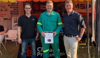 From left: Eben van der Vyver with winner Darian Murray and Michael Fogarty. Image credit: Chicago Pneumatic