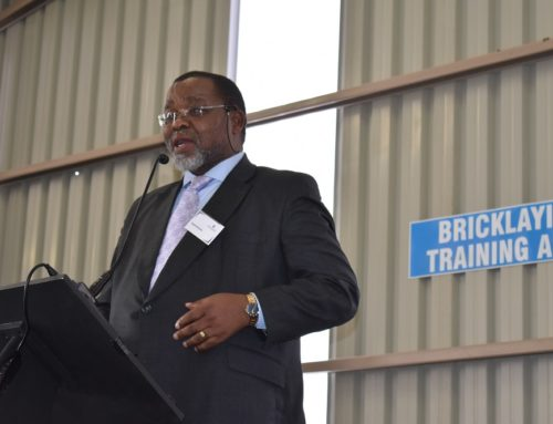 Mantashe meets mining industry about Covid-19