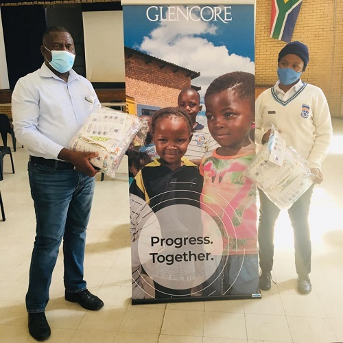 Glencore has donated a number of masks to a local school in Ogies, Mpumalanga. Image credit: Glencore