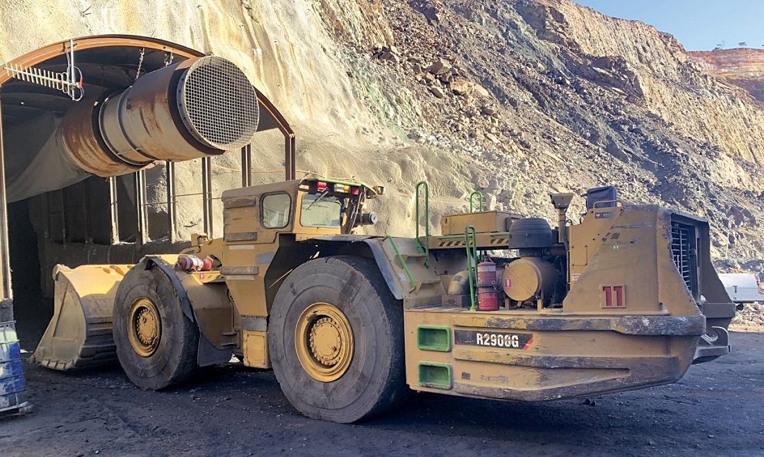 RCT installed the ControlMaster Guidance Automation packages on two CAT 2900 loaders. Image credit: RCT