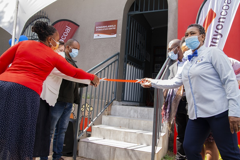 At the handover of the Bonginhlanhla Stimulation Centre in Middelburg recently. Photo by Menar